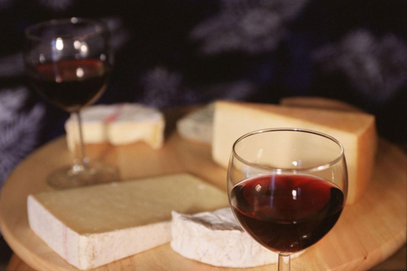 vinos y quesos